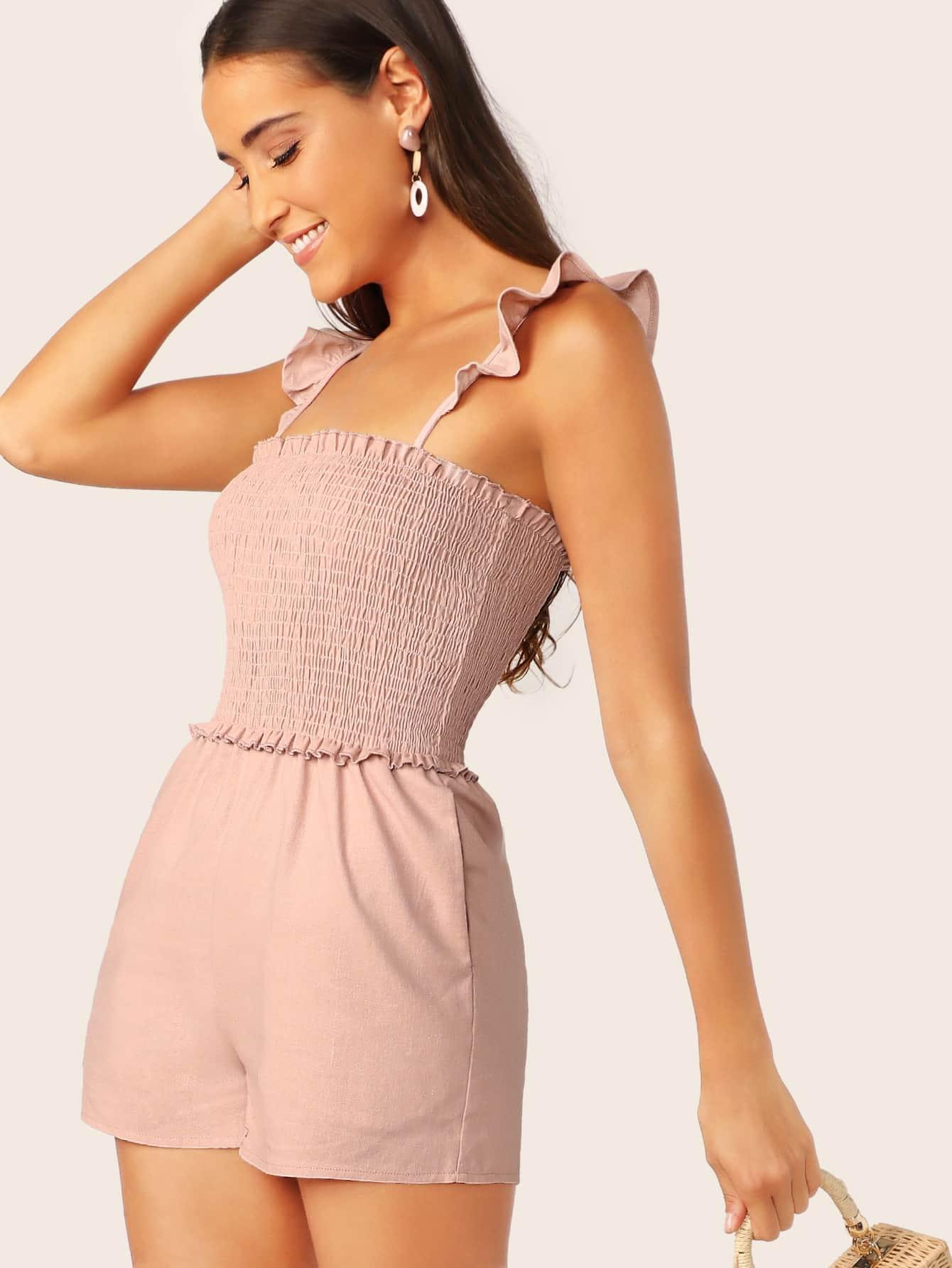 Фото - Комбинезон со складкой и оборкой от SheIn розового цвета