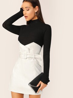 Notched Waist Buckle Belted Skirt