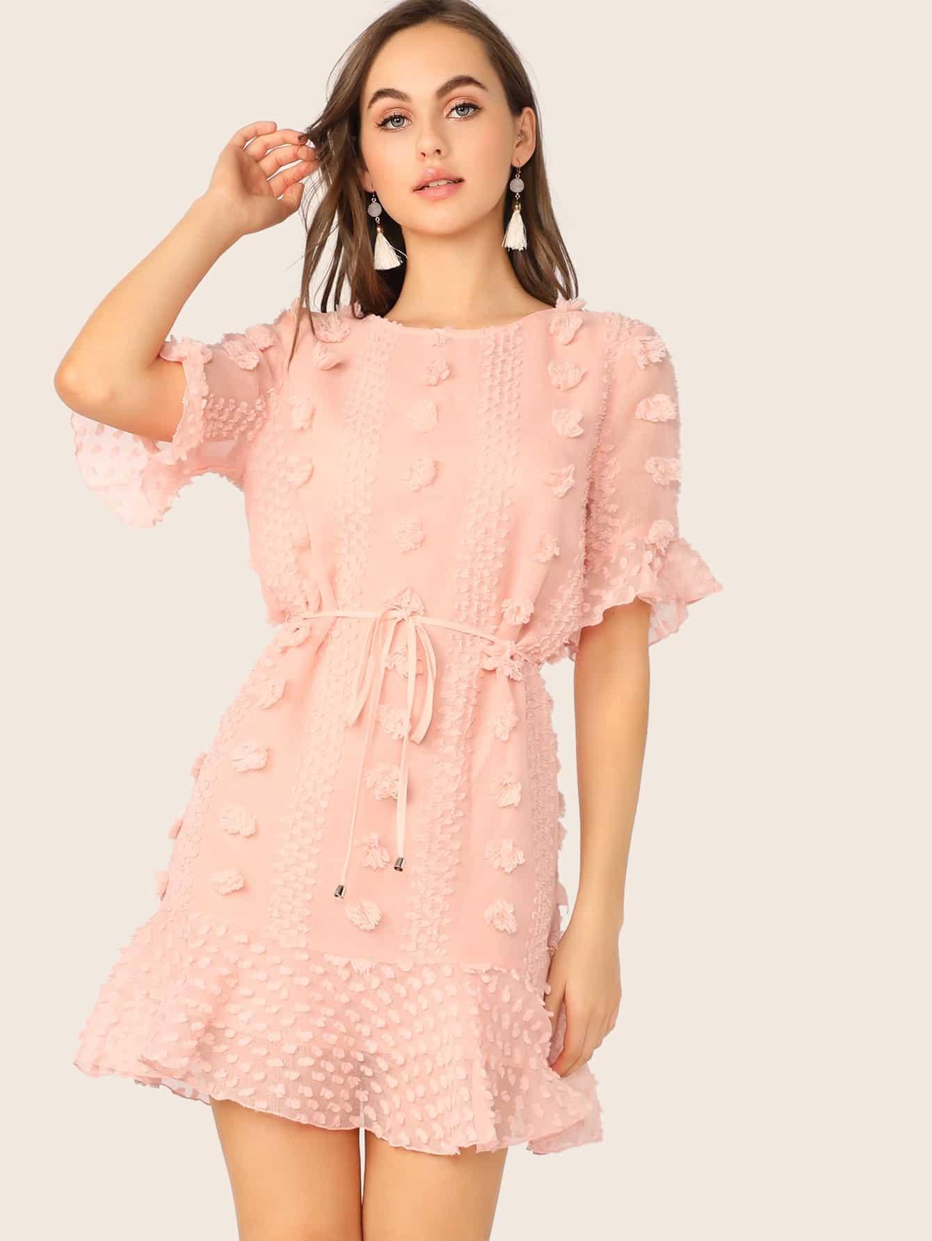 Фото - Платье с завязкой и бахромой от SheIn цвет розовые