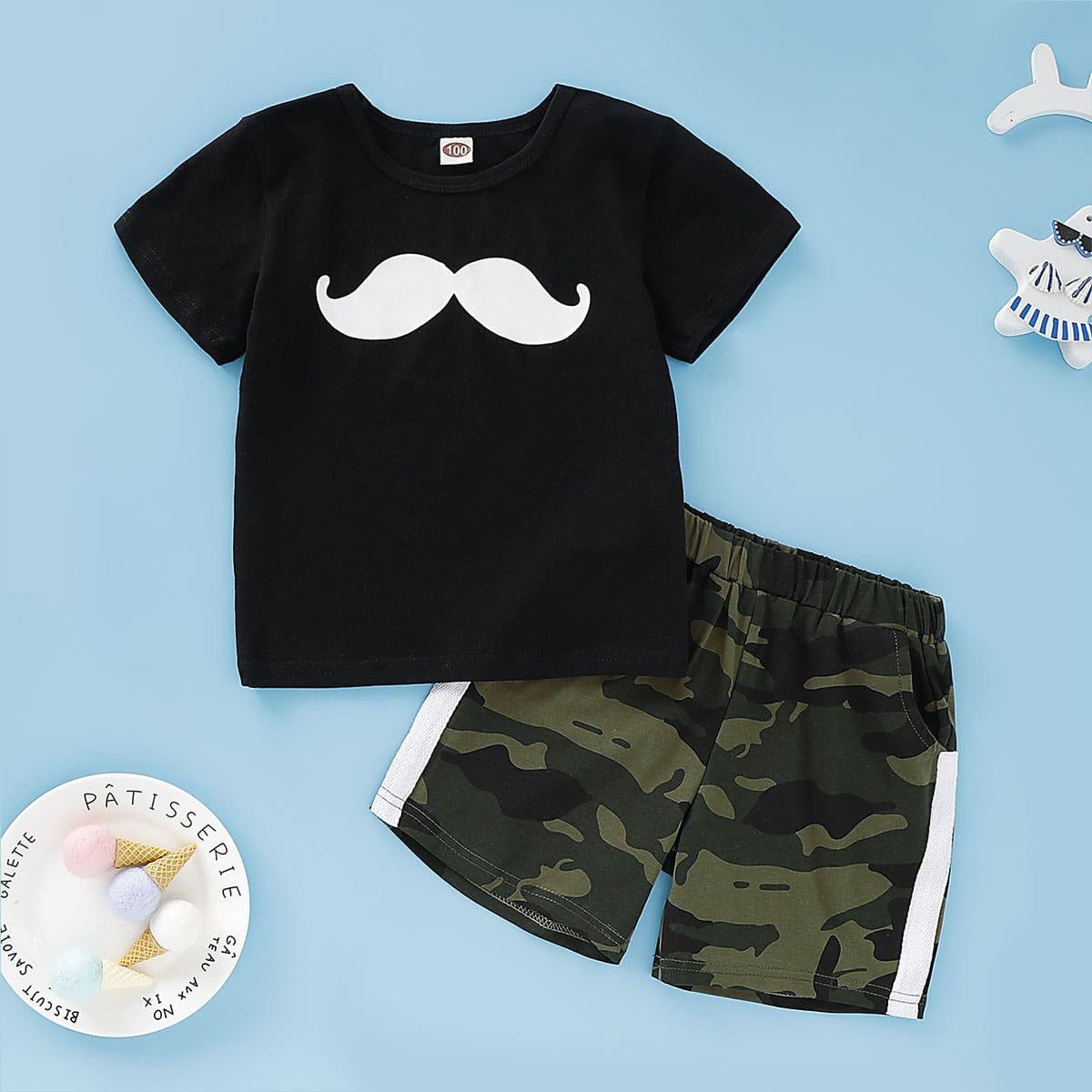 Футболка с графическим принтом и камуфляжные шорты для мальчиков от SHEIN