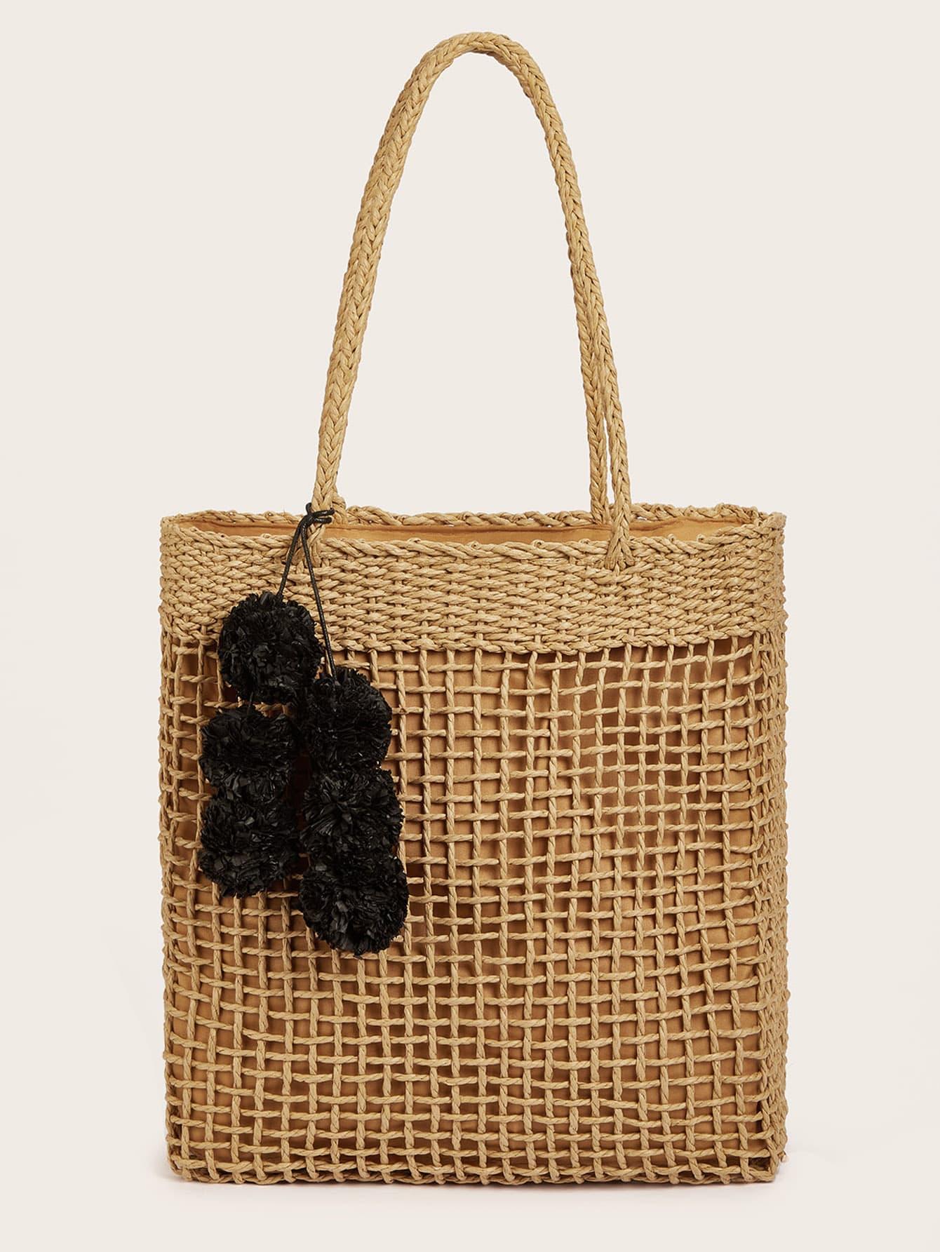 Сплетенная сумка с помпоном