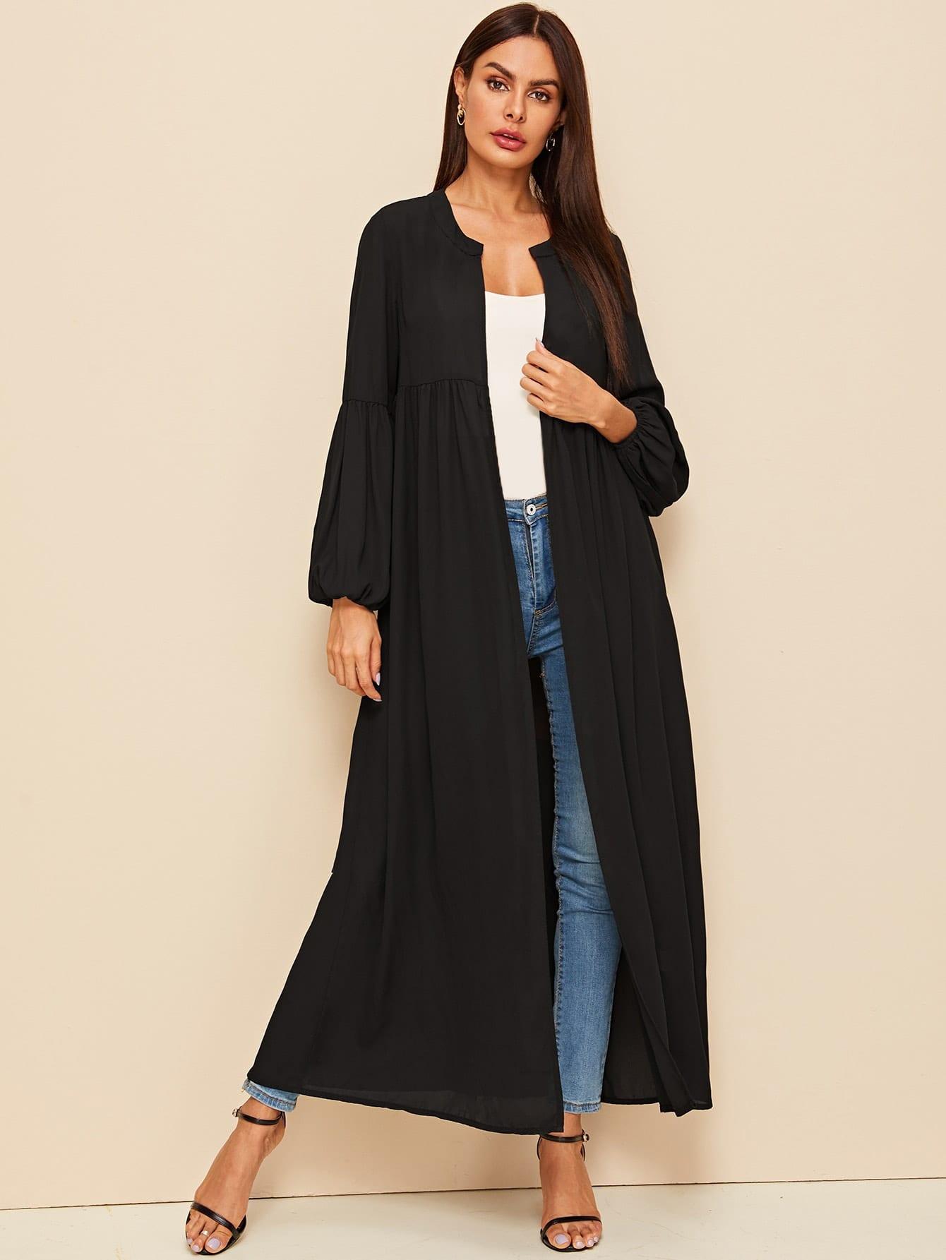Фото - Пальто с поясом, оригинальным рукавом и круглым воротником от SheIn черного цвета