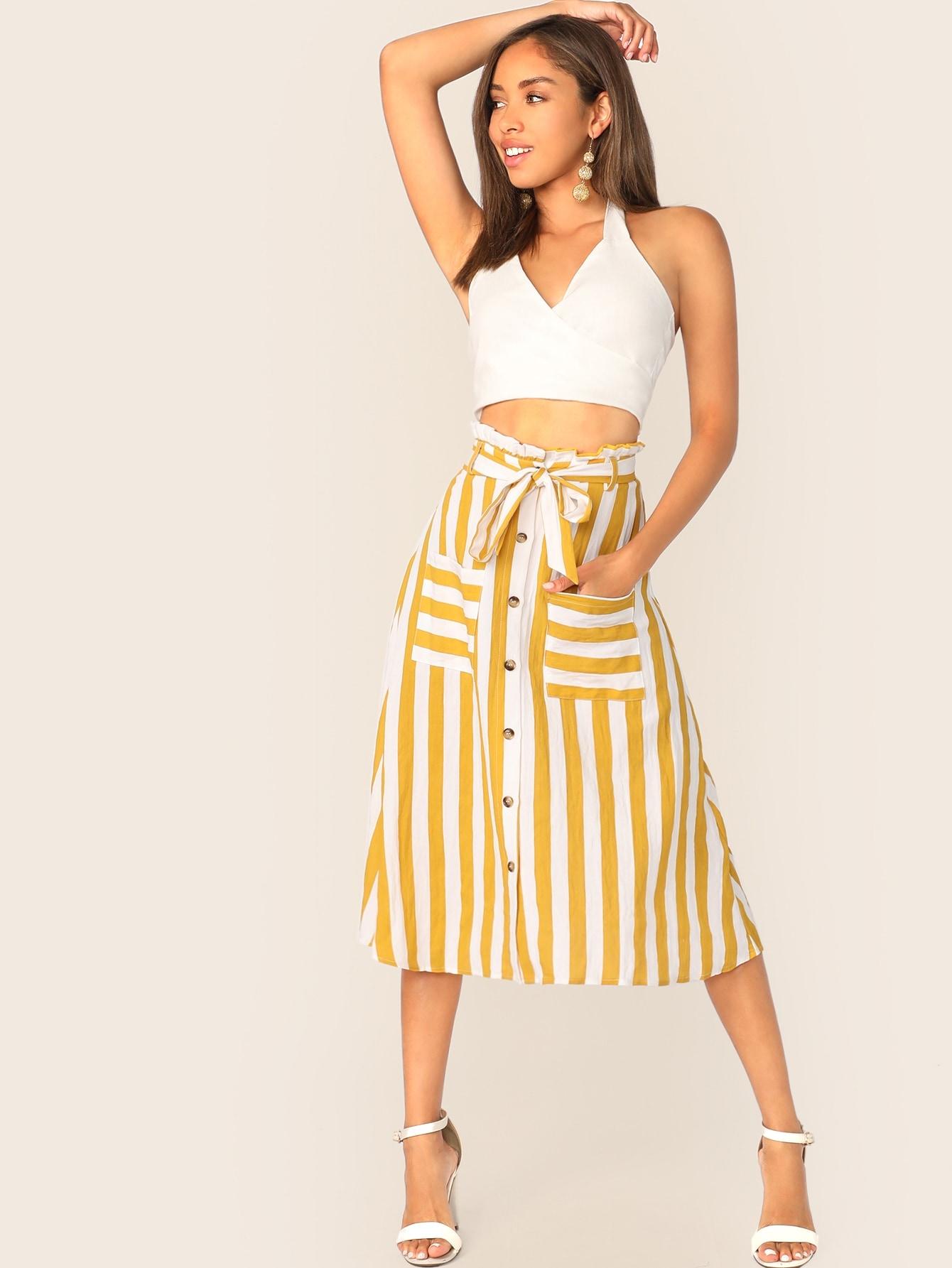 Фото - Юбку с поясом, карманом, пуговицами и присборенной талией от SheIn желтого цвета