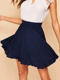 Zip Side Pleated Skirt