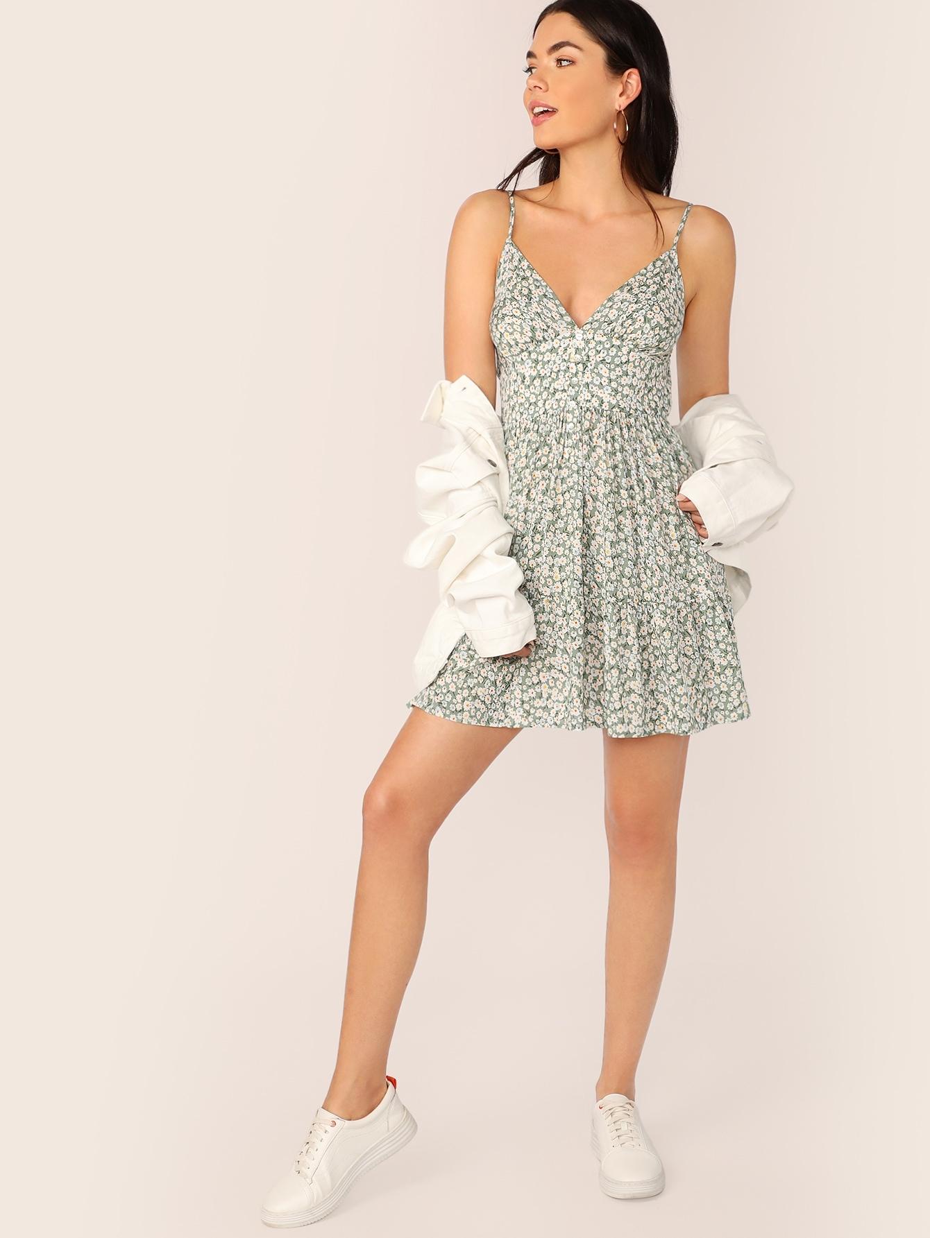 Фото - Платье с оборкой и цветочным принтом от SheIn цвет зелёные