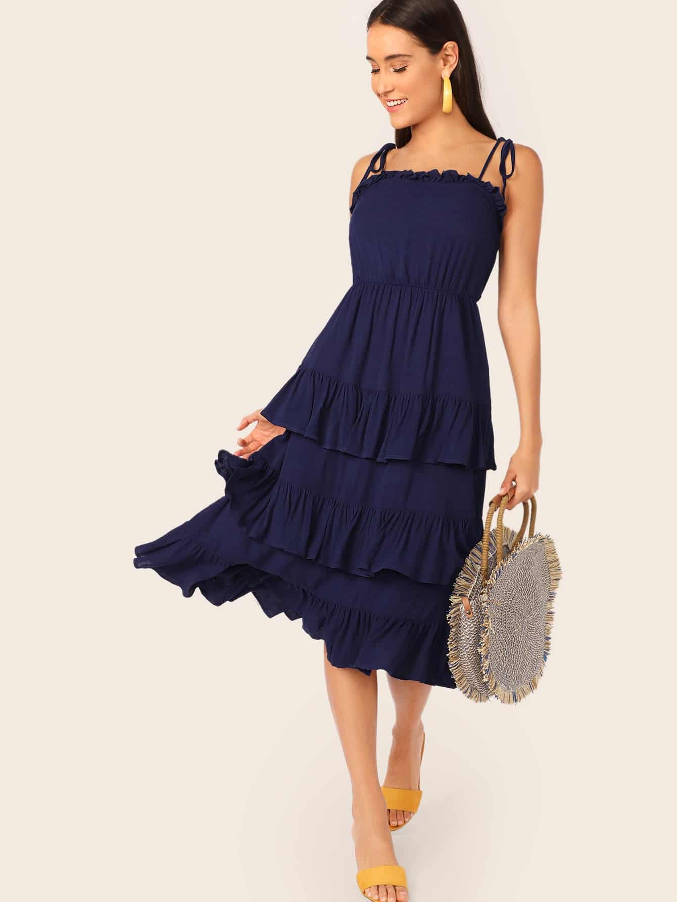 Фото - Платье на бретелях со складкой и узлом от SheIn цвет тёмно-синие