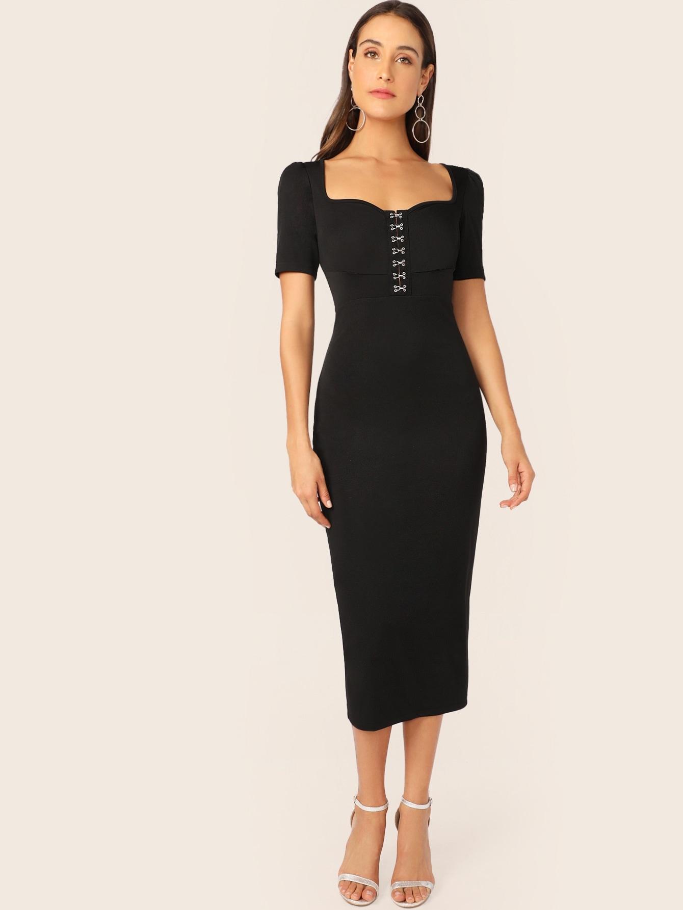 Фото - Платье-карандаш с вырезом-сердечком и крючком от SheIn цвет чёрные