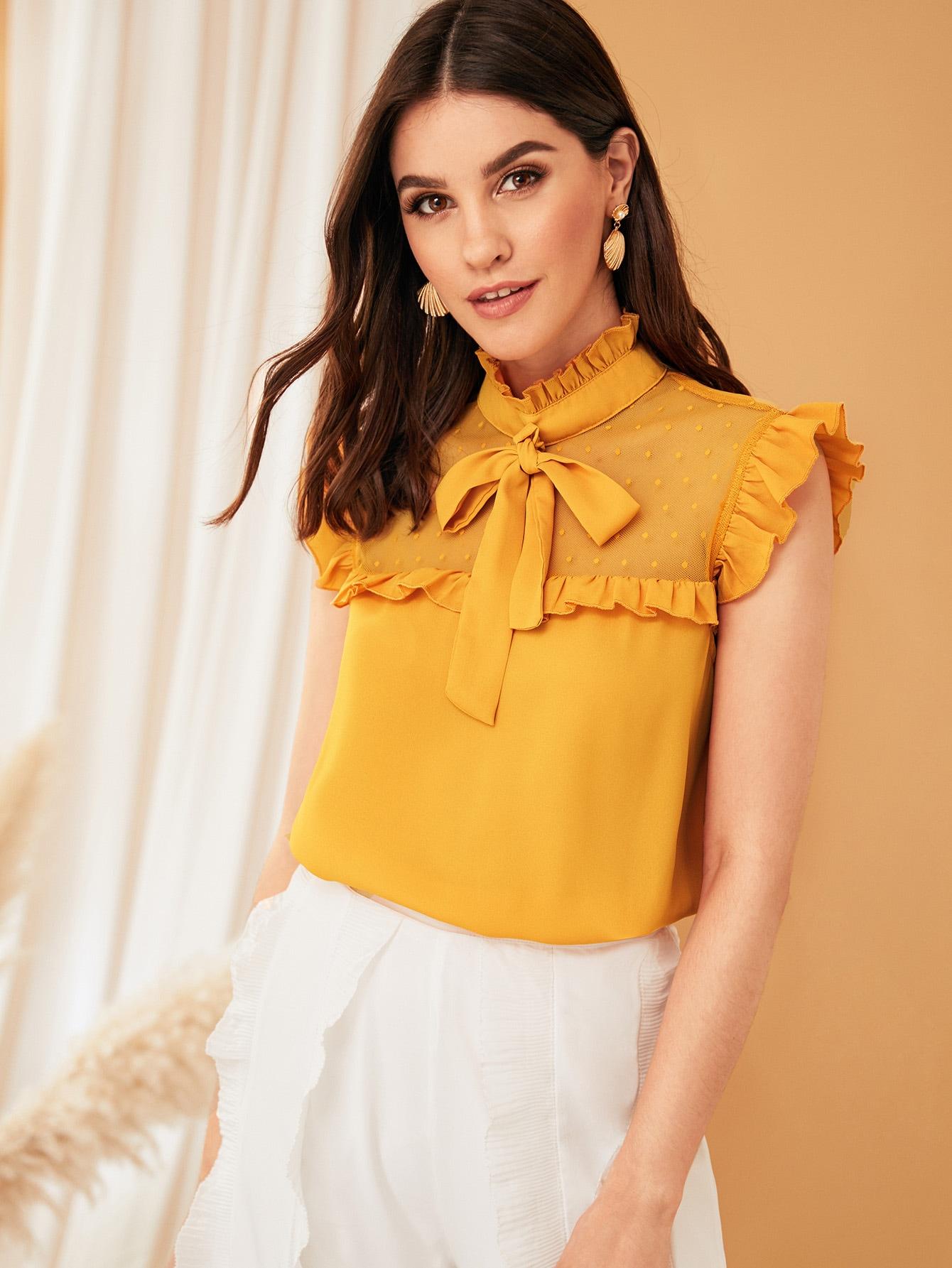 Фото - Топ со сеткой и завязкой на шее от SheIn желтого цвета