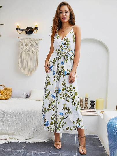Фото 5 - Платье с многослойными оборками и складками от SheIn цвет фиолетовые