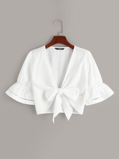 Lace Insert Flounce Sleeve Knotted Crop Blouse