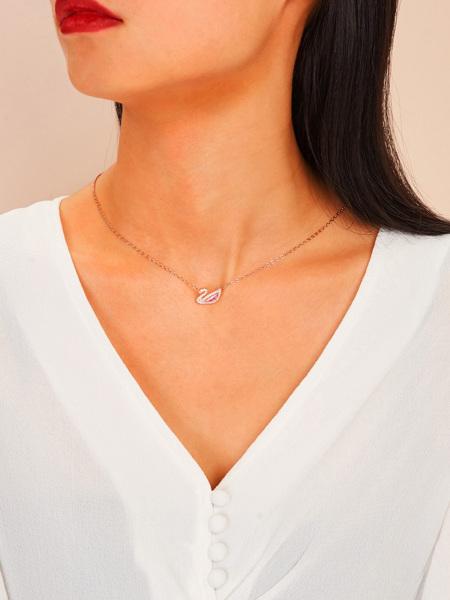 Rhinestone Swan Pendant Chain Necklace 1pc