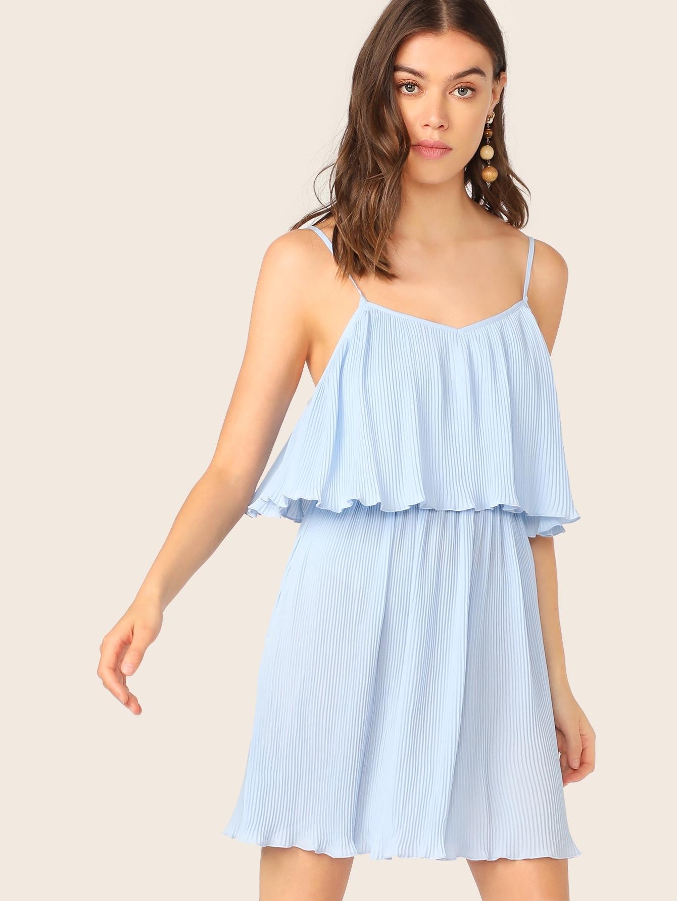 Фото - Однотонное платье со складкой от SheIn цвет синие