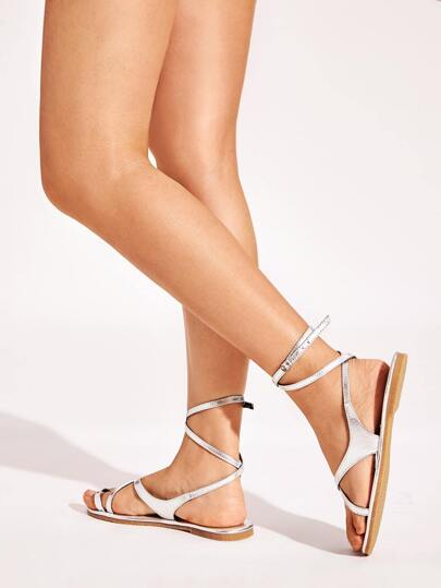 SheIn / Metallic Toe Ring Flat Sandals