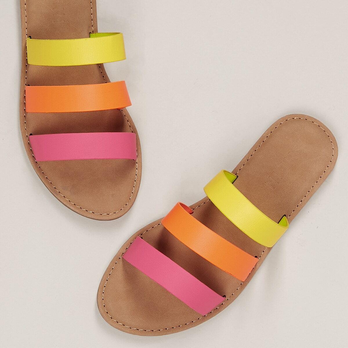 Неоновые сандалии на плоской подошве от SHEIN