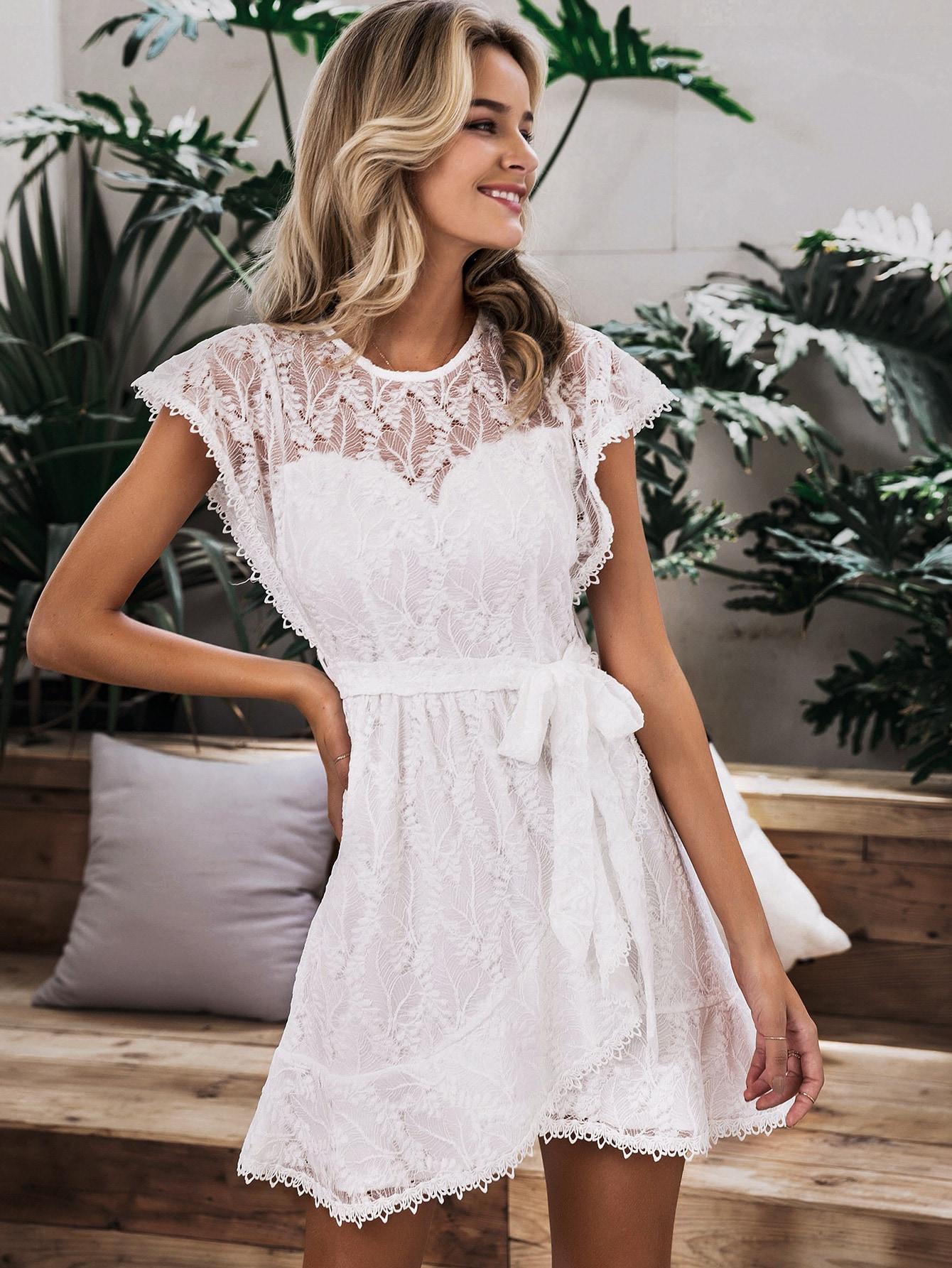 Simplee кружевное платье на запах с поясом
