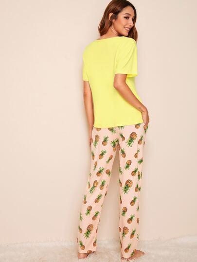 Фото 2 - Пижама с текстовым и графическим принтом от SheIn цвет многоцветный