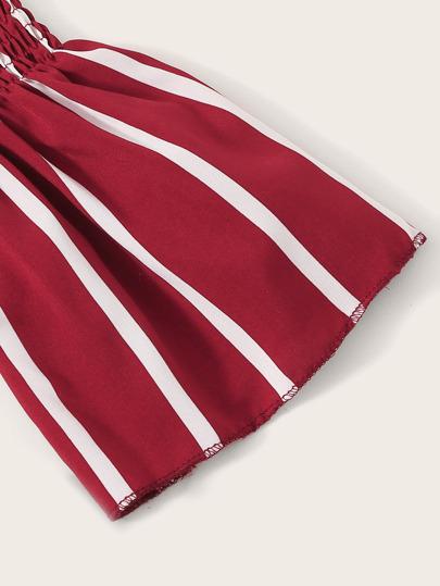 Фото 3 - Разноцветная полосатая блуза с разрезом от SheIn цвет многоцветный