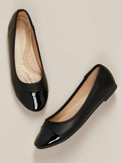 Patent Round Cap Toe Ballet Flats