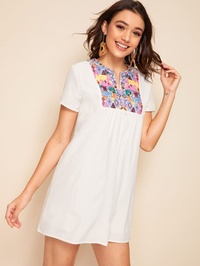 Фото 7 - Многослойная блуза с завязкой и пуговицами от SheIn белого цвета