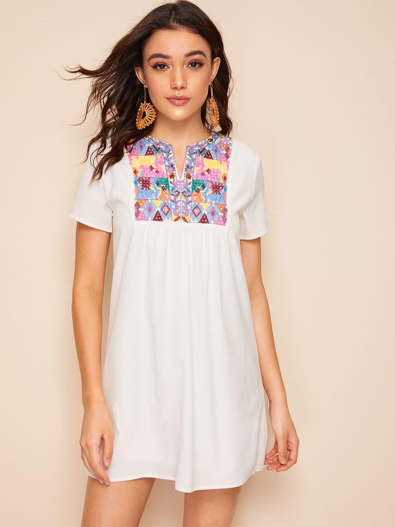 Фото 6 - Многослойная блуза с завязкой и пуговицами от SheIn белого цвета