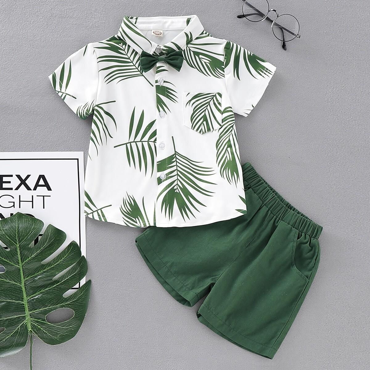 Шорты и рубашка с лиственным принтом для мальчиков от SHEIN