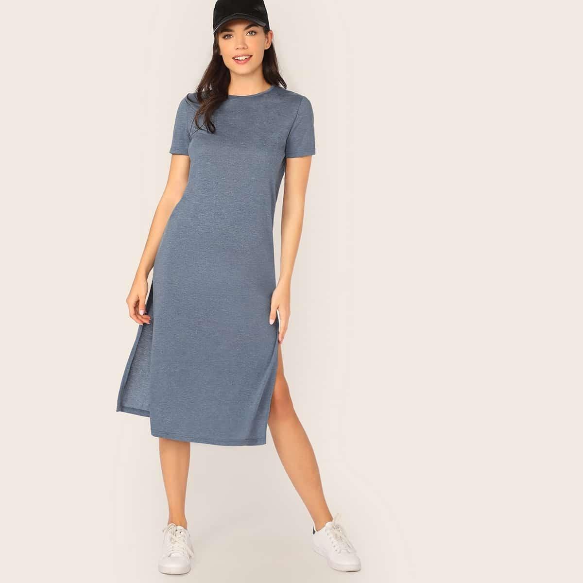 Однотонное платье с разрезом Image