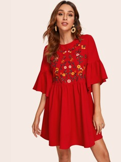 Embroidery Front Flounce Sleeve Dress