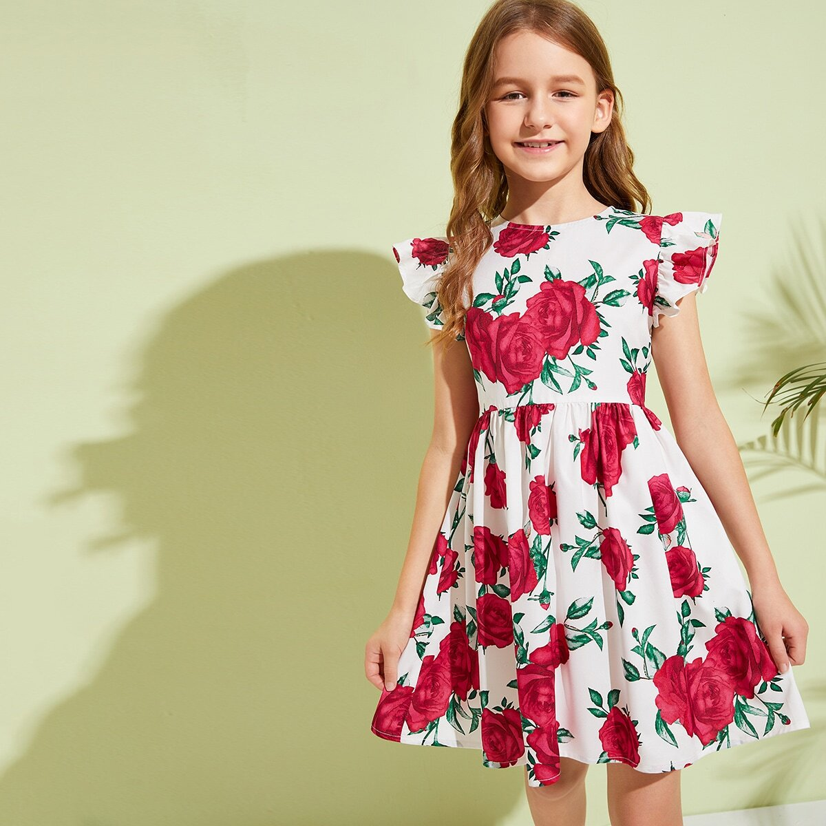 Расклешенное платье с цветочным принтом от SHEIN