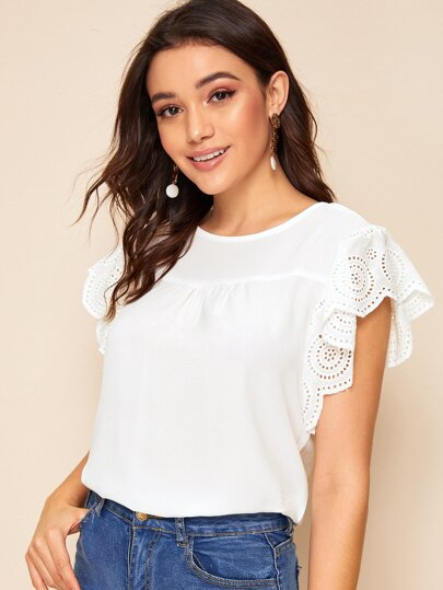 Фото 4 - Многослойная блуза с завязкой и пуговицами от SheIn белого цвета
