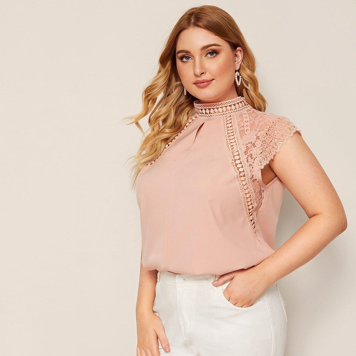 Блуза с кружевом и застежкой сзади размер плюс