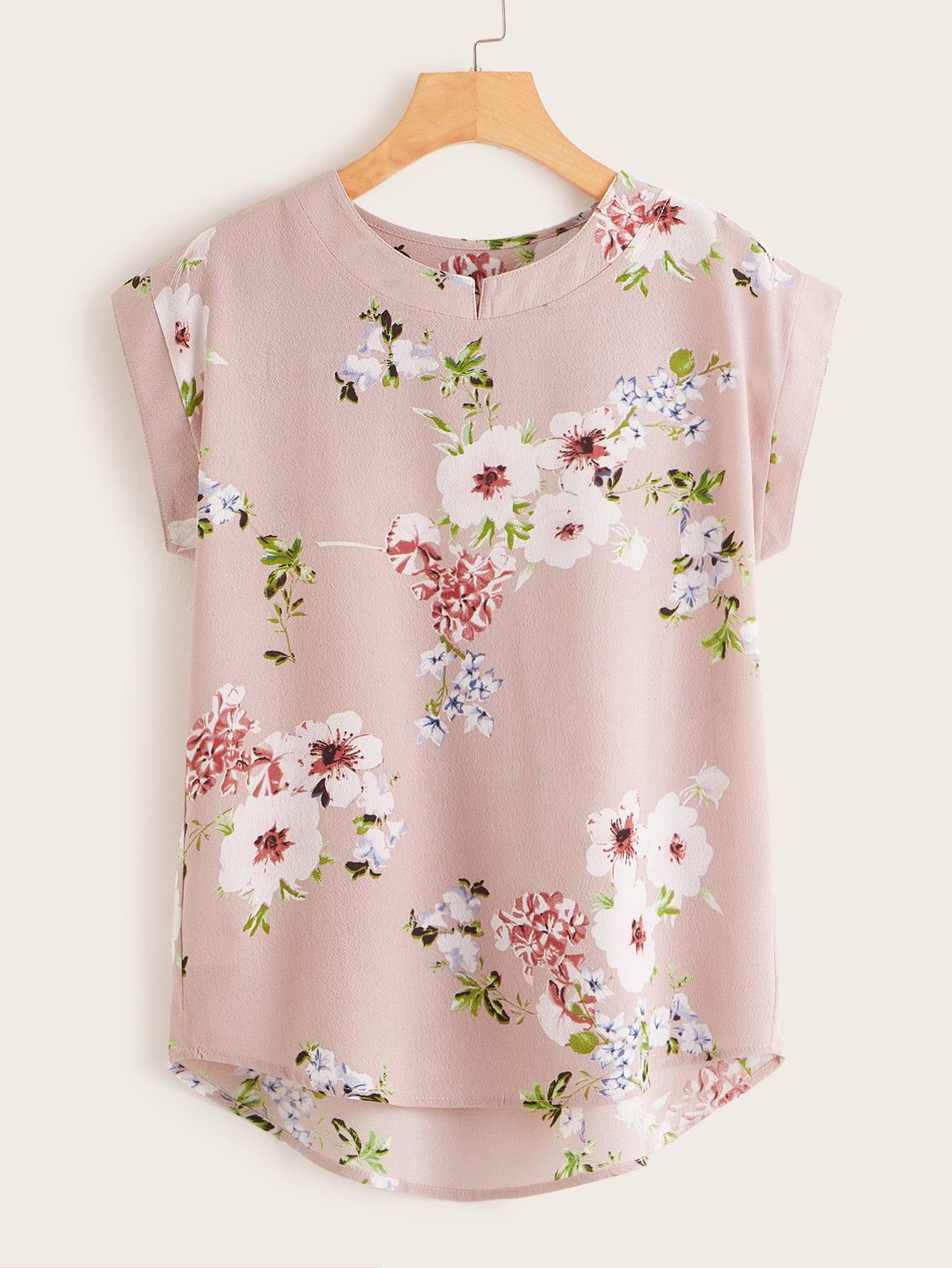 Фото - Асимметричная блуза с цветочным принтом от SheIn розового цвета