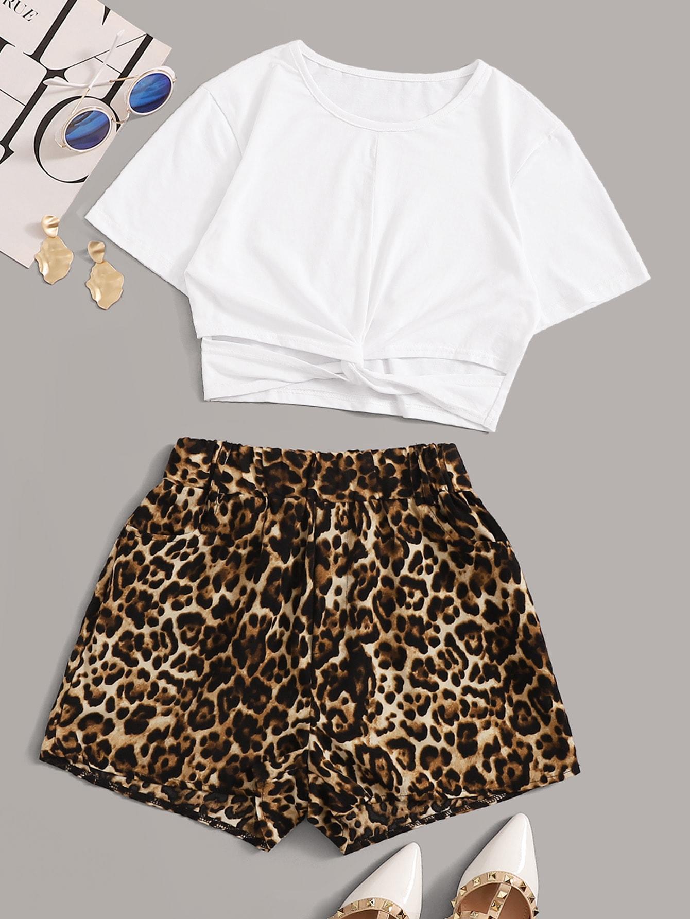 Фото - Ажурная футболка с витой и леопардовые шорты от SheIn цвет многоцветный