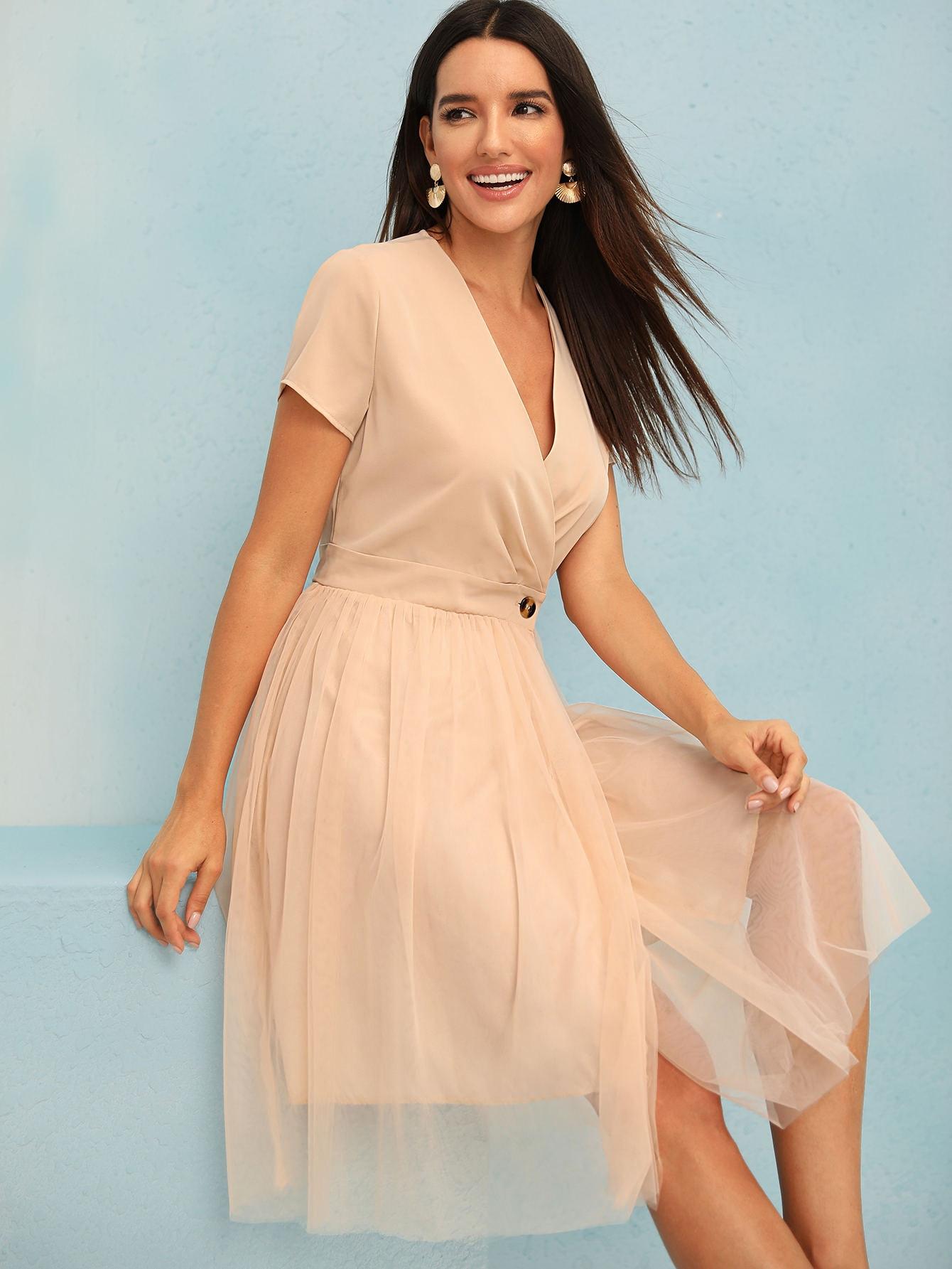 Фото - Сетчатое платье с пуговицами от SheIn цвет коричневые