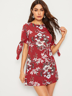 Keyhole Back Floral Print Knotted Cuff Dress