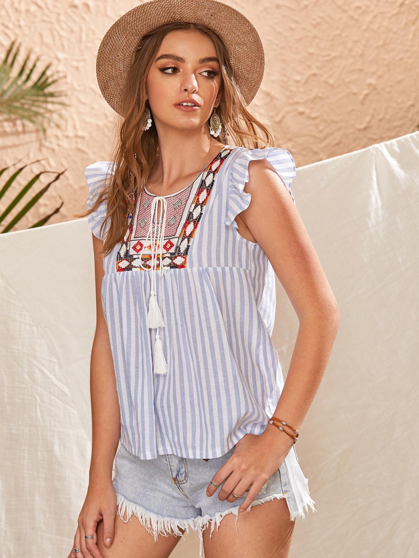 Фото - Блузу в полоску с оборками и узлом от SheIn цвет многоцветный
