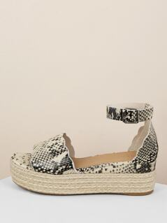 Scalloped Snakeskin Band Flatform Sandals