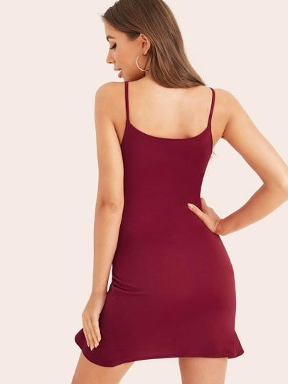 Фото 2 - Приталенное платье с разрезом и одним плечом от SheIn цвет чёрные