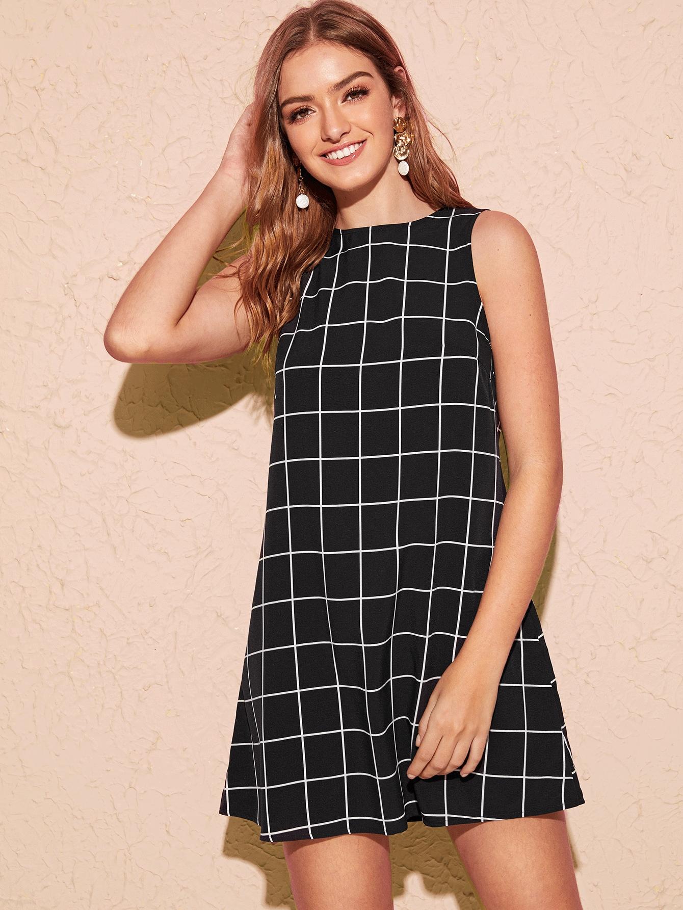 Keyhole Back Sleeveless Grid Dress