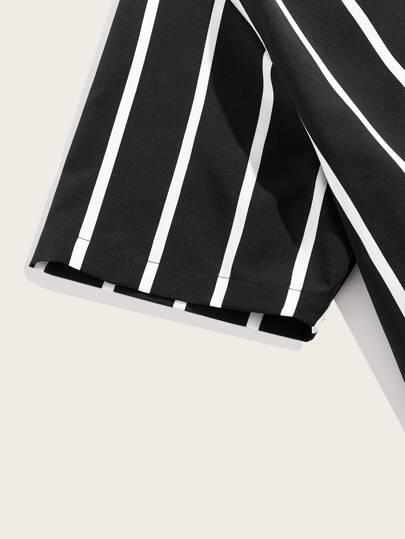 Фото 3 - Блузу в полоску размера плюс с v-образным вырезом от SheIn цвет чёрнобелые