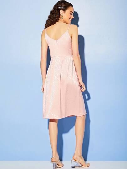 Фото 4 - Платье в горошек на кулиске с пуговицами от SheIn цвет жёлтые