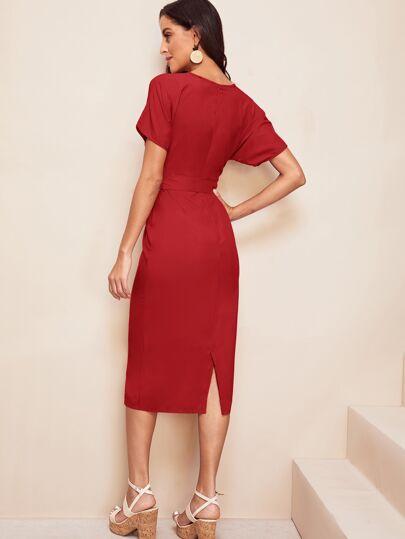 Фото 10 - Кружевное платье с вышивкой, молнией и завязкой от SheIn цвет белые