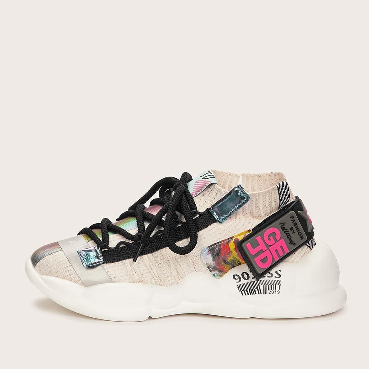 Кроссовки c толстой подошвой на шнуровке с текстовой лентой от SHEIN