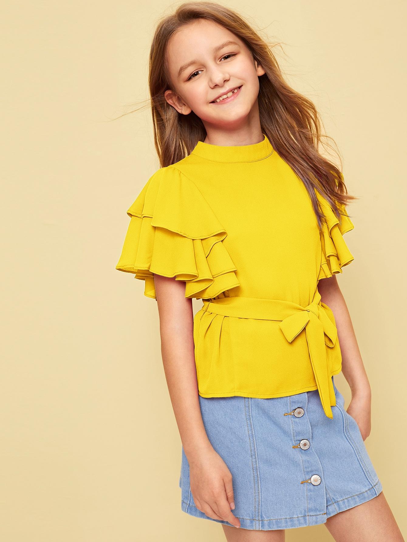 Фото - Топ с многослойным рукавом и поясом от SheIn желтого цвета
