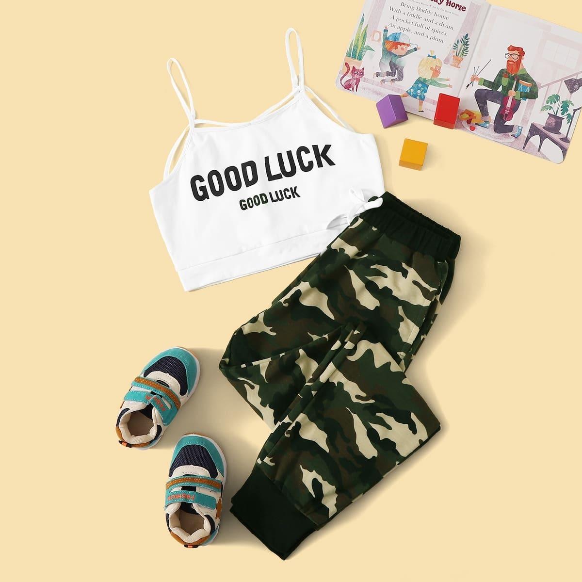 Майка и камуфляжные спортивные брюки для девочек от SHEIN