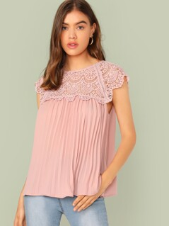 Keyhole Back Guipure Lace Yoke Pleated Top