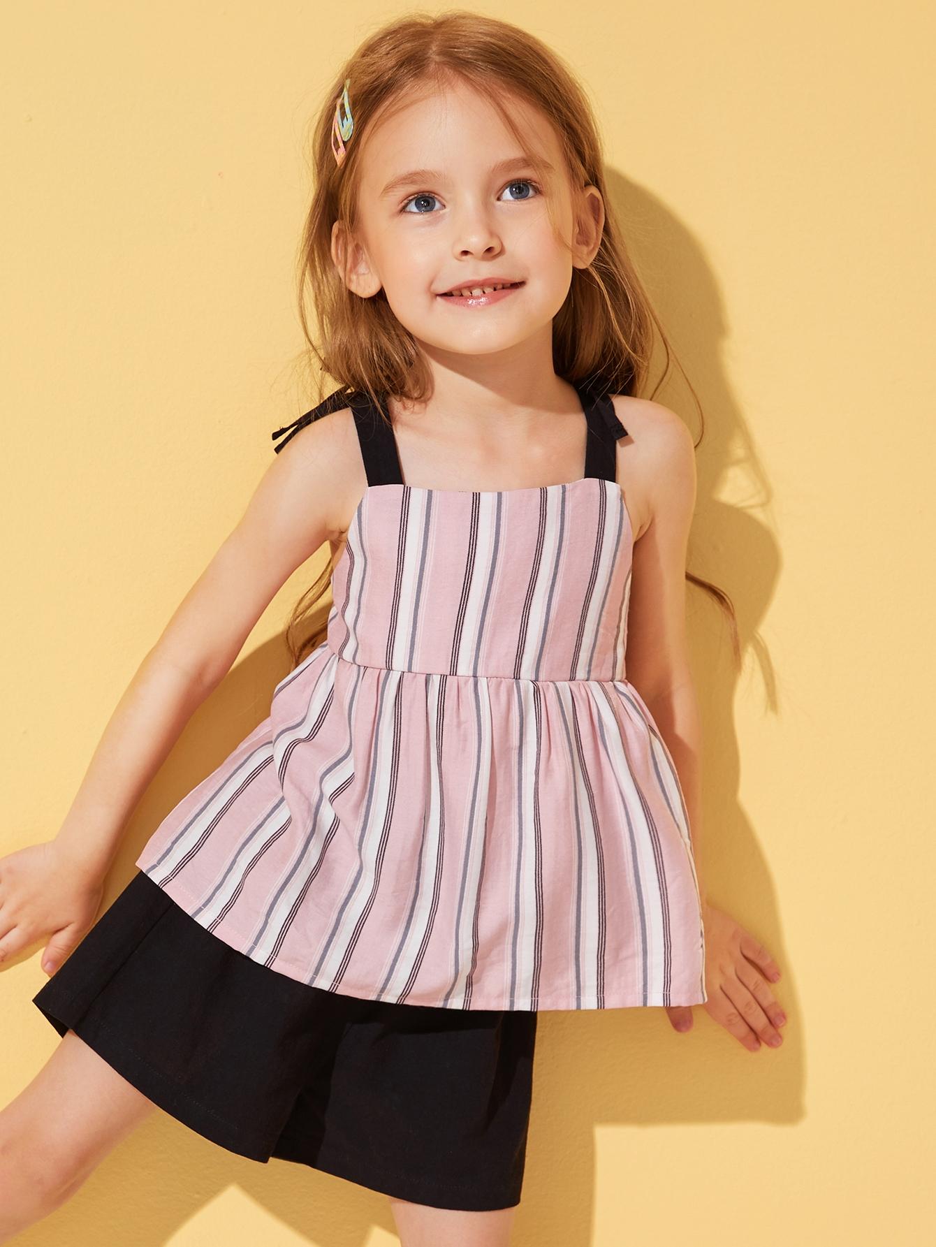 Фото 11 - Разноцветная полосатая блуза с разрезом от SheIn цвет многоцветный