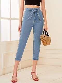 Roll Up Hem Belted Capris Jeans