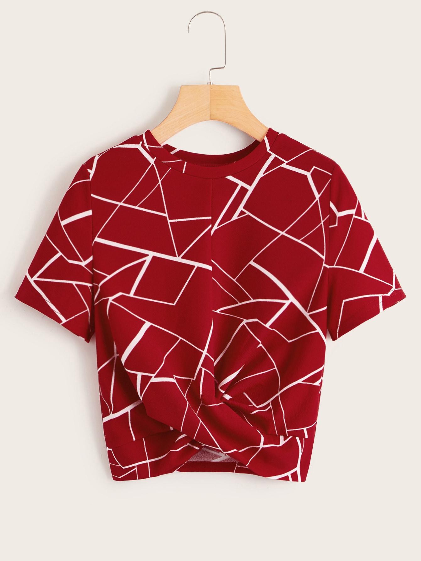 Фото - Топ с драпировкой и геометрическим принтом от SheIn бордового цвета