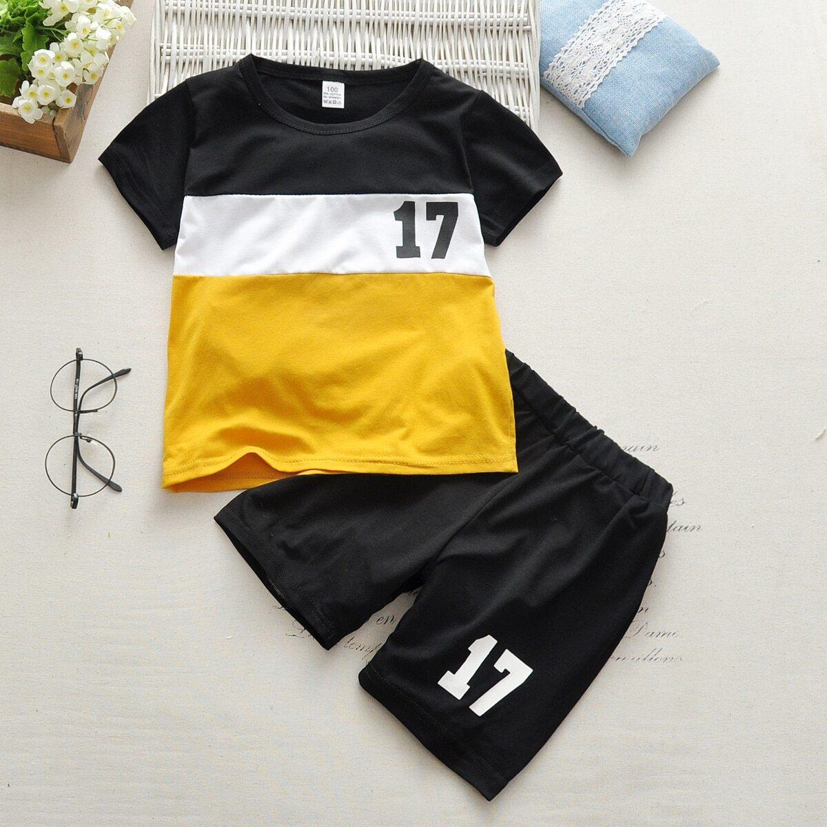 Шорты и контрастная футболка с текстовым принтом для мальчиков от SHEIN
