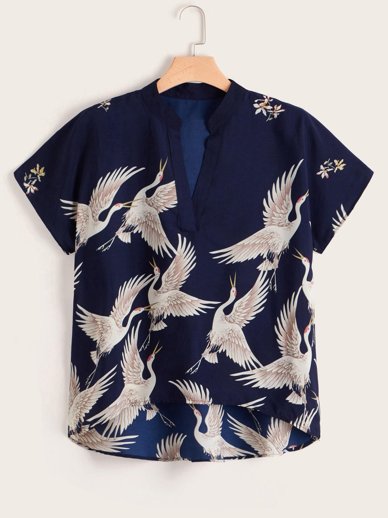 Фото - Асимметричная блуза размера плюс с графическим принтом от SheIn цвет тёмно-синие